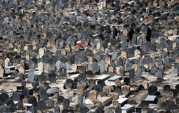 مردگان سراسر جهان، متحد شوید!