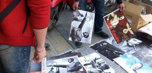 پوستر هیتلر در خیابان انقلاب