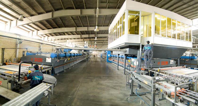 سیل واردات از چین ده کارخانه کاشی یزد را تعطیل کرد
