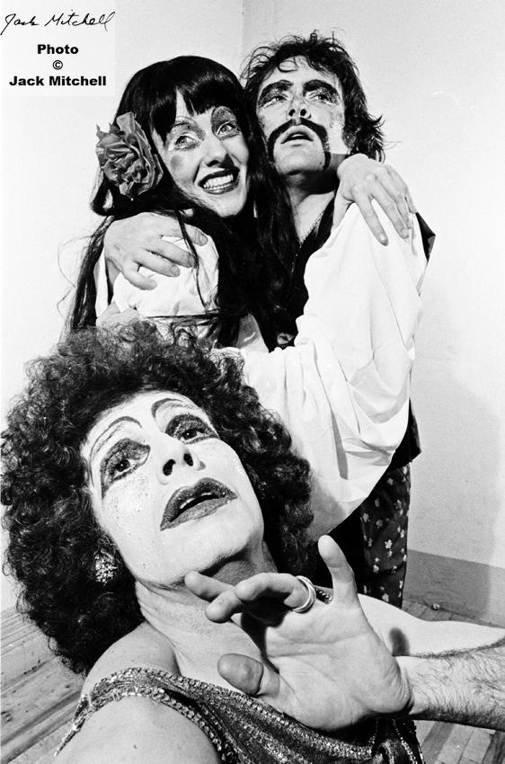 گروه تئاتر خانه بازی مضحکان، Play-House of the Ridiculous بخشی از تئاتر «پرشیا؛ بیابان بنجل» برگرفته از هزار و یکشب*