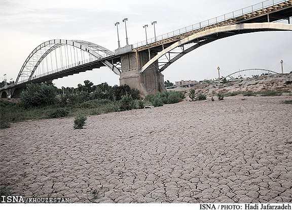 اجرای ۱۶ طرح انتقال آب از کارون و ممنوعیت کشاورزان خوزستانی