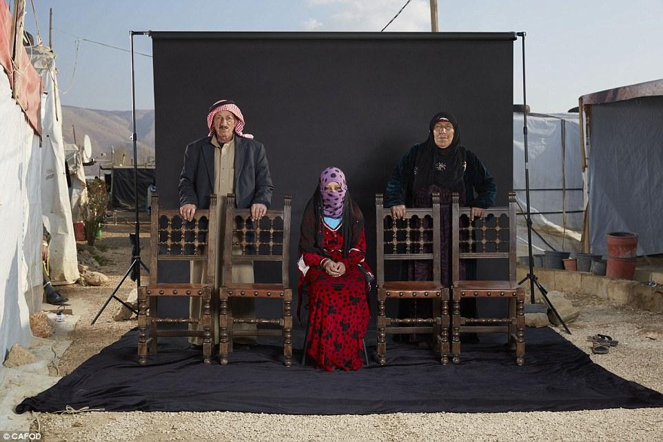 عکسهای خانوادگی آوارگان سوری با از دسترفتگان