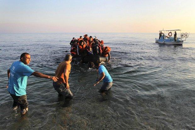 کمک به پناهجویان در حال غرق برای اروپاییان جرم میشود