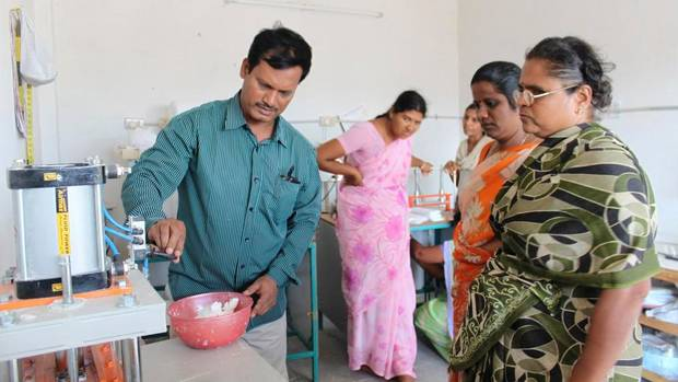 web-india-sanitary04nw5