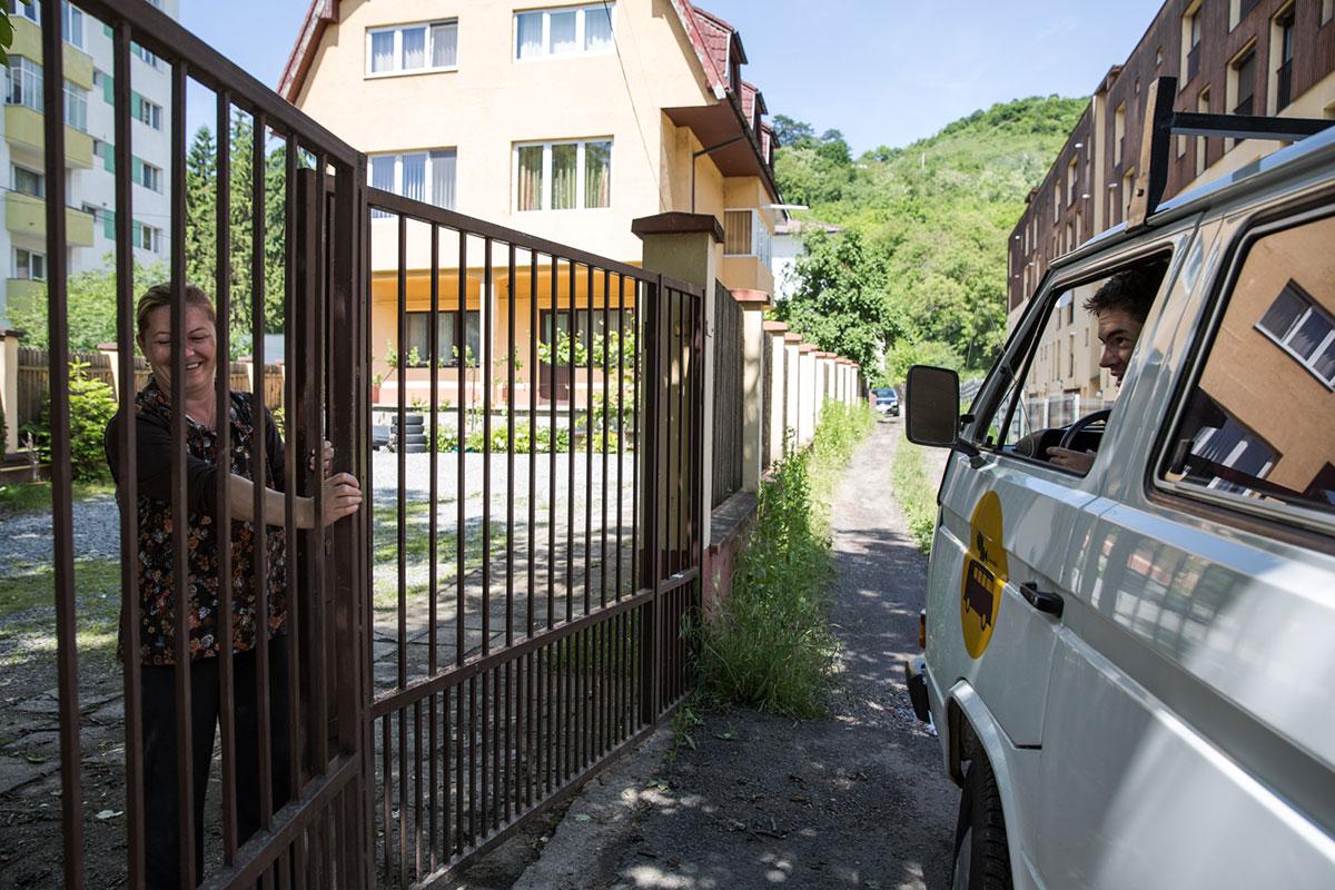 «سینمویبل»؛ سینمای سیاری که فیلم را به روستاهای رومانی میبرد