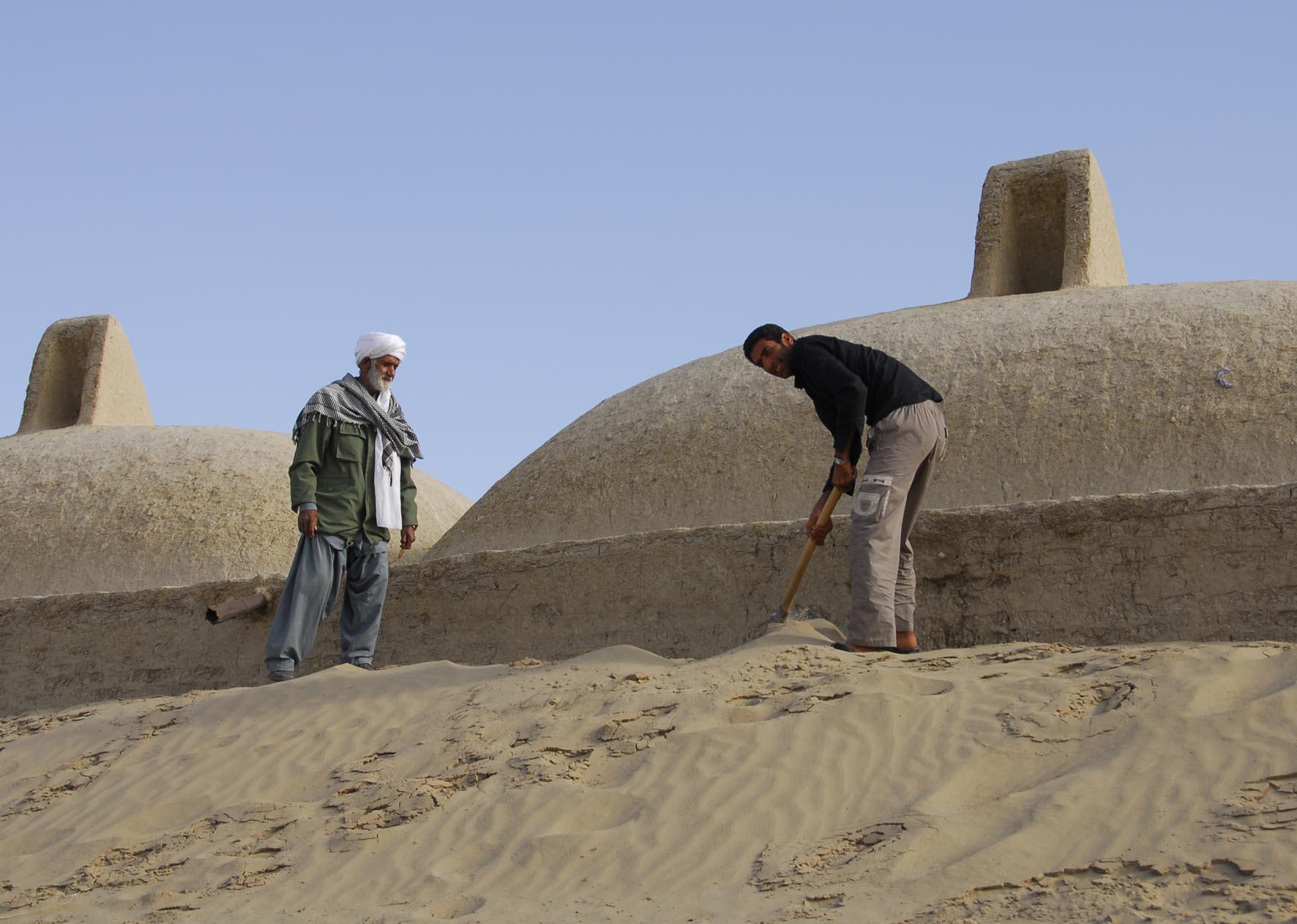 «خبر دفن ۴۰۰ روستا در سیستان بحرانزایی رسانهای است»