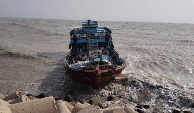 کندی در روند آزادی صیادان دربند دزدان دریایی سومالی