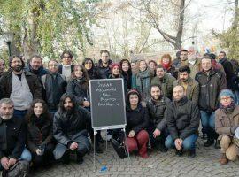 استادان اخراجی ترکیه کلاسهایشان را به خیابان بردند