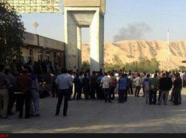 ادامه تجمع ۲۰ روزه کارگران سیمان مسجدسلیمان