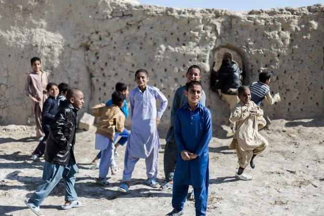 ۲۶۰۰۰ کودک سیستان و بلوچستانی از تحصیل بازماندهاند