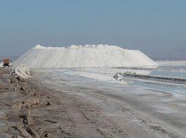 ورود ۲۰میلیون مترمکعب آب فراشور دریاچه قم به دشتهای مجاور