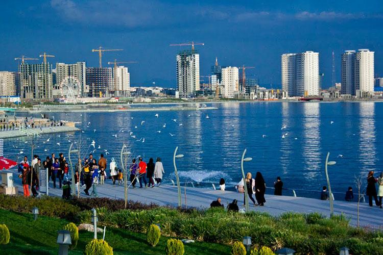 کوچک شدن دریاچه چیتگر به نفع بساز و بفروشی
