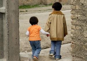 فروش کودکان در مناطق حاشیهای تهران رویهای عادی شده