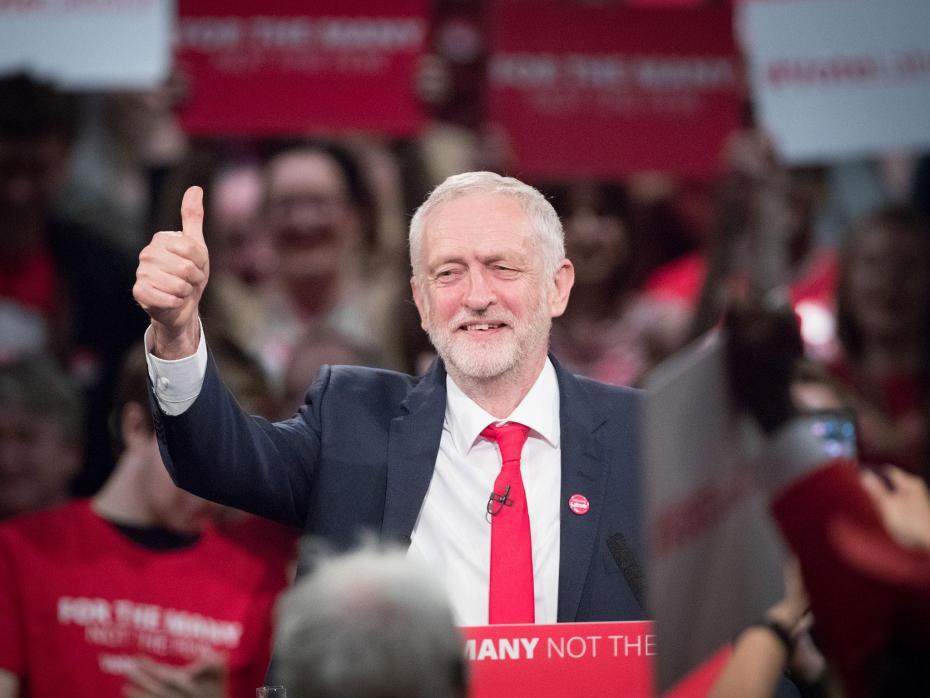 کاهش اختلاف رای حزب کارگر انگلیس با محافظهکاران به ۵درصد
