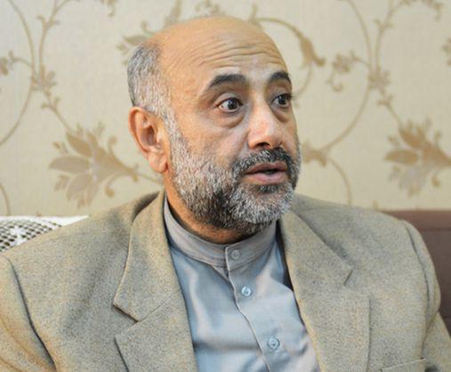 نماینده آبادان: وعدههای مسئولان به مردم خوزستان دروغ است