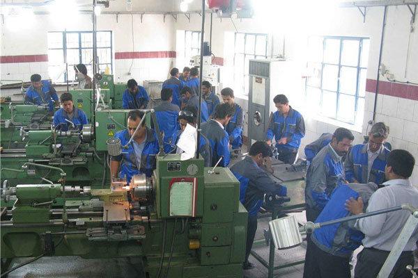 «نرخ دستمزد در ایران پایینترین نرخ دستمزد در دنیاست»