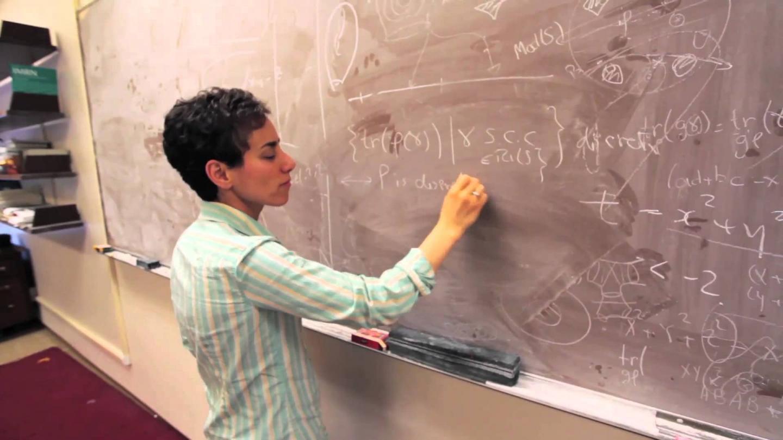 دنیای علم جای هیجان کشف است؛ نه افتخار