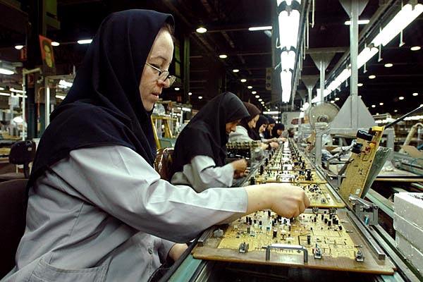 نرخ بیکاری زنان با تحصیلات عالی در ایران دو برابر مردان