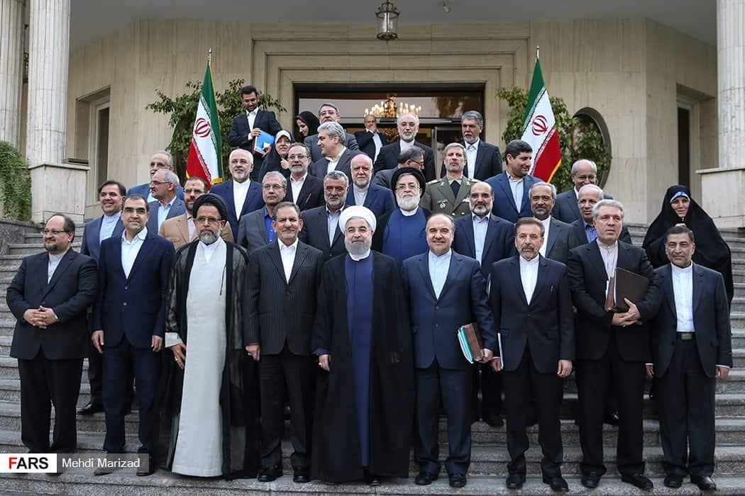 تکنوکراتهای میانهروی ایرانی: تکرار چرخه فاجعه