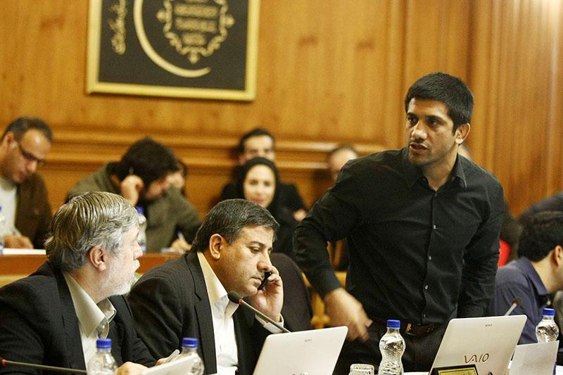 دستکاری دبیر در بودجه مصوب شورای شهر به نفع شهرداری