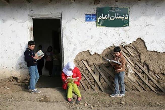 وجود هزار مدرسه خشتی و ۱۵۰هزار کلاس درس نیازمند بازسازی