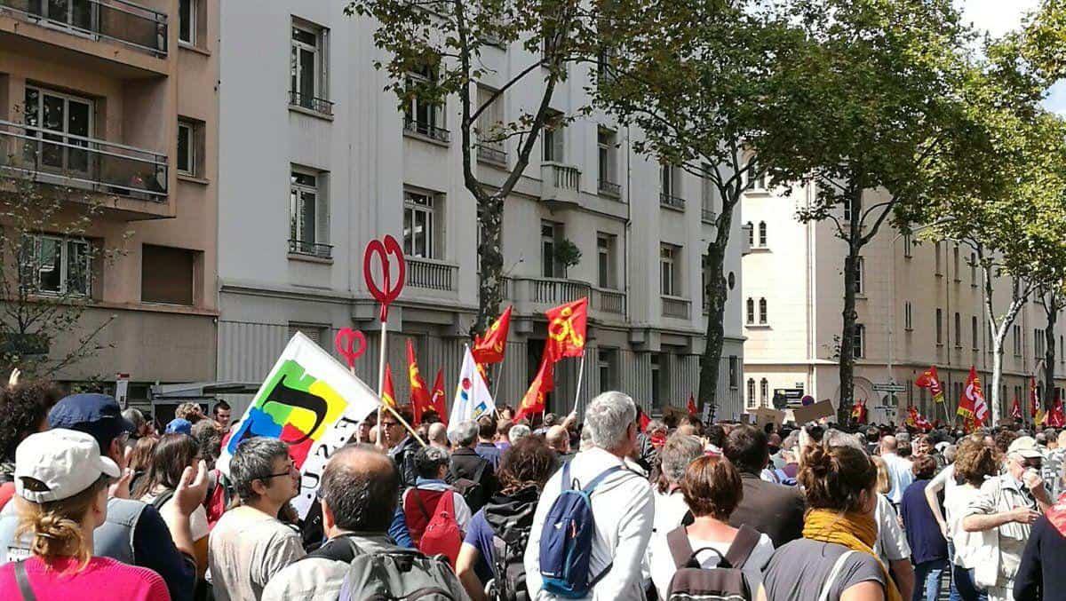 آغاز تظاهرات عمومی در فرانسه علیه کودتای ماکرون در قانون کار