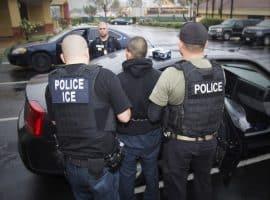 چگونه میتوان در برابر سیاستهای ضد مهاجرتی کاخ سفید ایستاد؟