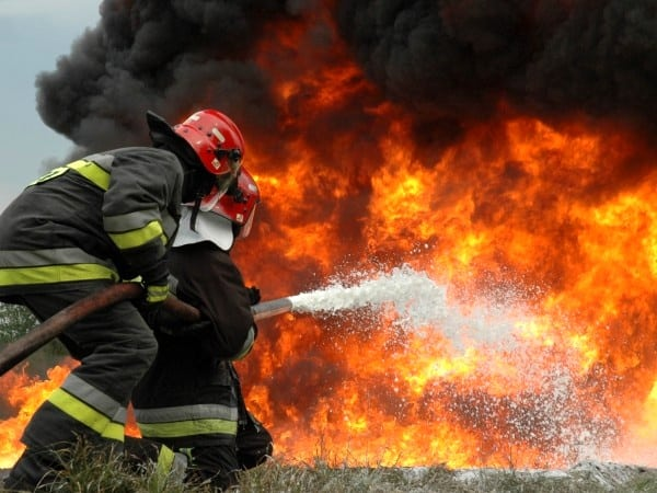 دو کشته در آتشسوزی دکل حفاری گچساران