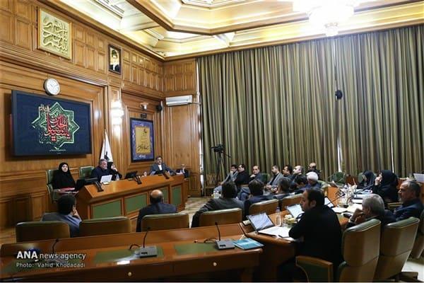 ارائهنشدن گزارش ماهانه درآمد و هزینههای شهرداری به شورا