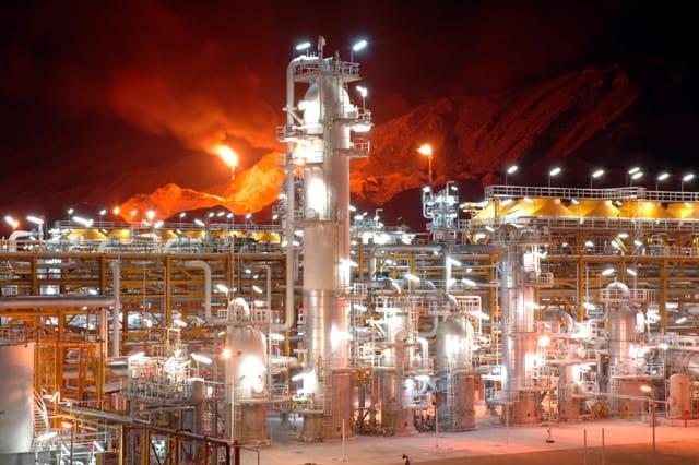 نابودی محیط زیست در فرایند توسعه صنعتی عسلویه