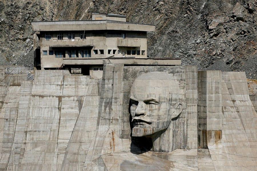تصاویری از مجسمههای لنین در صدمین سال انقلاب اکتبر