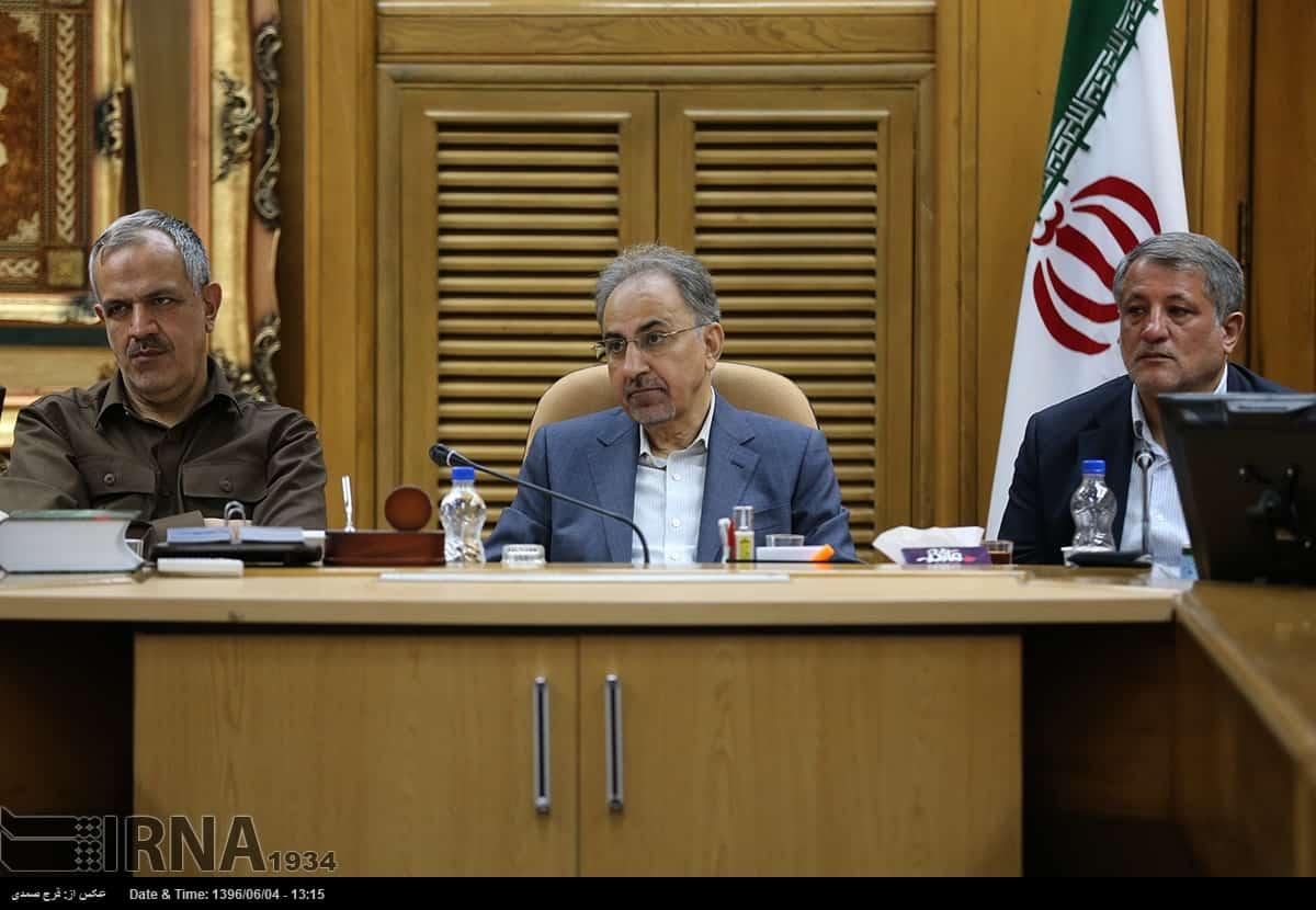 انتصابها، جلسه شهردار و اعضای شورا را متشنج کرد