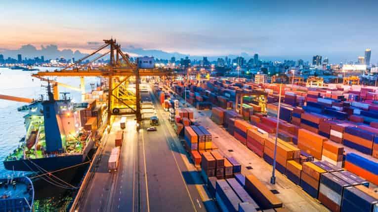 نماینده مجلس گمرک را به افشای اسناد قاچاق کالا تهدید کرد