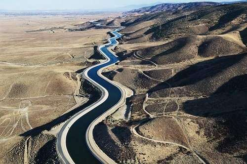 اجرای طرح انتقال آب خزر به سمنان مبنای قانونی ندارد