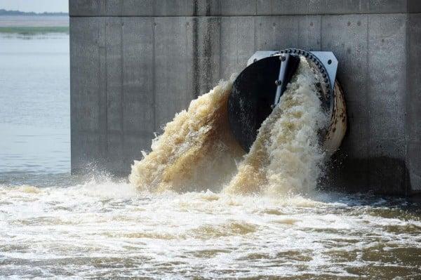 منابع آب قربانی مهندسی تهاجمی