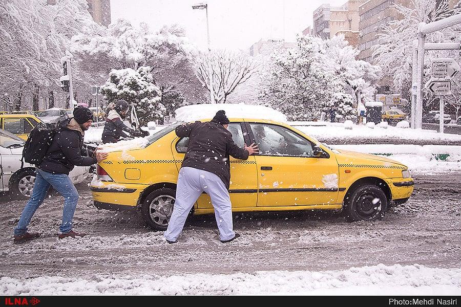 اختلافنظر درباره غافلگیرشدن یا نشدن شهرداری در برف