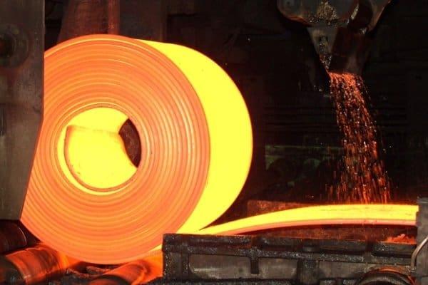 افزایش تولید فولاد، افتخار ملی یا تقسیم کار جهانی؟