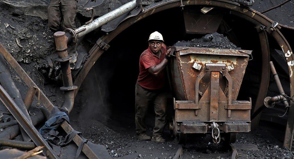 حادثه معدن یورت در انتظار ۱۳هزار معدنچی ایران