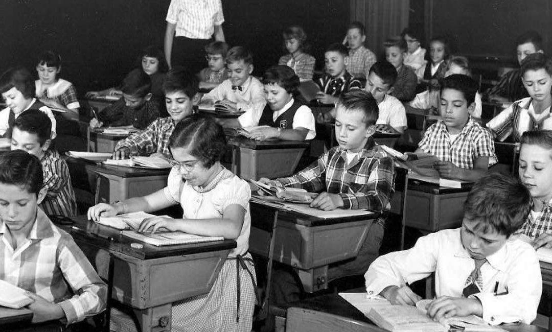 سرمایهداریِ مدرسهزمان مطالعه: ۵ دقیقه