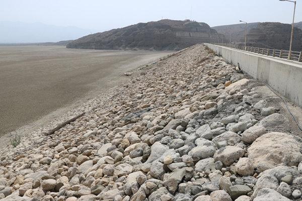سدهای شمیل و نیان هرمزگان تا ۲۰ روز آینده خشک میشوند