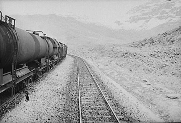 قطاری که تاریخ میبرد