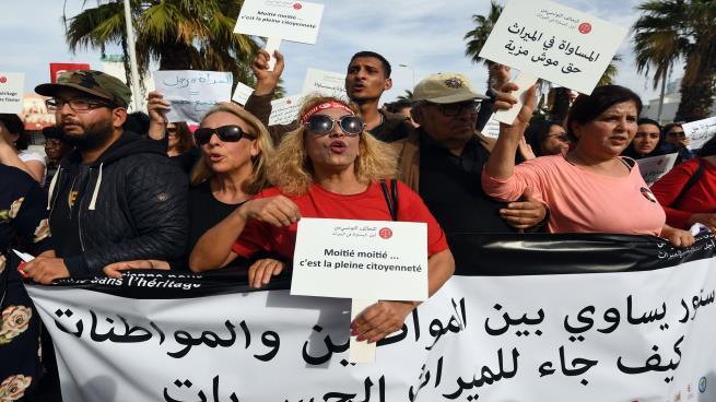 لایحه برابری ارث زن و مرد و حذف اعدام در تونس تقدیم مجلس شد