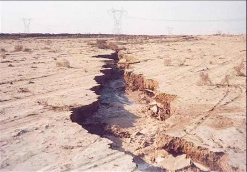 فرونشست زمین در ۳۰۰ دشت و ۱۷ استان کشور