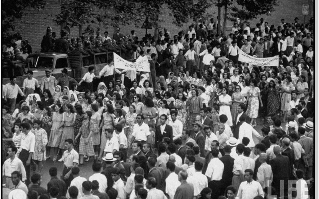 احزاب و جنبشهای اجتماعی: یک بستر و دو رؤیا؟زمان مطالعه: 31 دقیقه