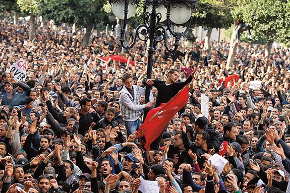 انقلاب ما مدنی است