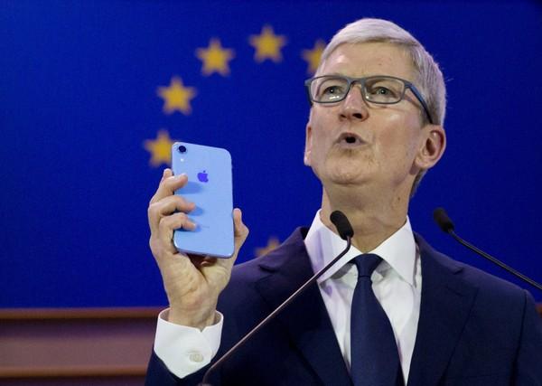 سود اپل از قانونمند کردن امنیت دادههای شخصی