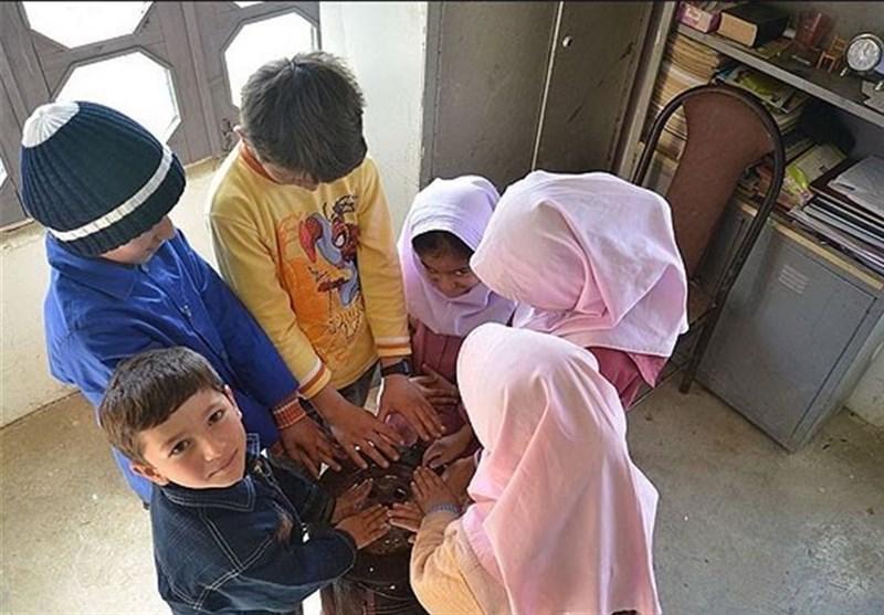 ۵۲۸ مدرسه کردستان با بخاری نفتی گرم میشود