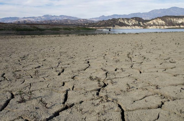 در کشور دو تا سه برابر حد مجاز فرسایش خاک داریم