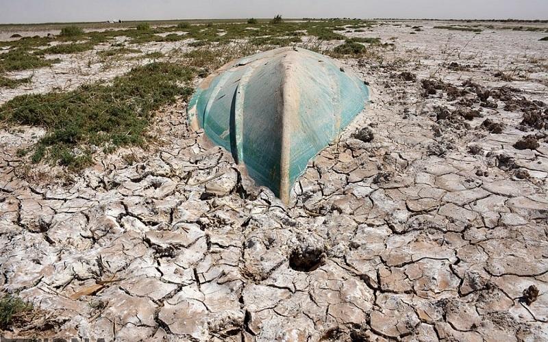 موافقت سازمان محیط زیست با انتقال آب دریای عمان به مشهد