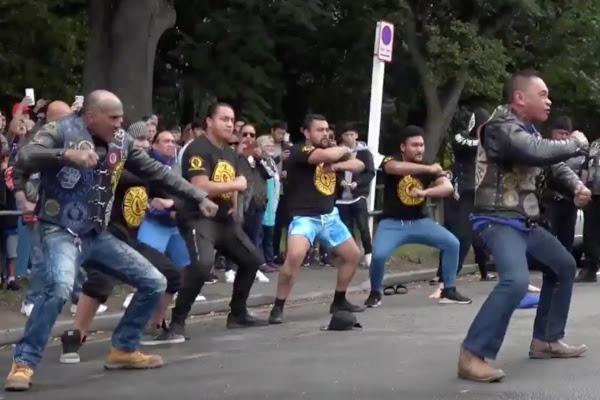 هاکا – شیوهی همبستگی مائوریها با قربانیان حملات تروریستی در نیوزیلند